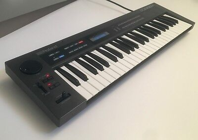 Roland Alpha Juno-1   80s Analogue 6-Voice Poly-Synth