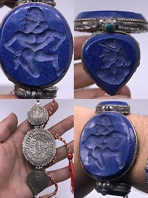 Wonderful Old Solid silver intaglio Lapis lazuli Stone Unique bracelet