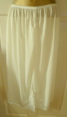 VINTAGE 1970s BERKERTEX IVORY SILKY LONG HALF SLIP BEAUTIFUL LACE SIZE 16-18