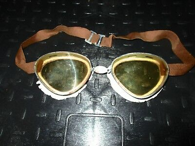 WW2 Italian Desert Goggles with Case and Spare Lense