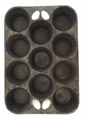 Vintage Cast Iron Muffin Pan 11 cup Popover Antique No Markings Round