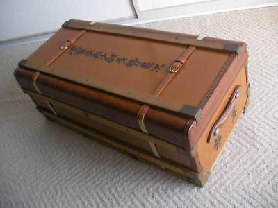 092/ Antique suitcase  The real thing for the Japanese army's officials LineTUNE