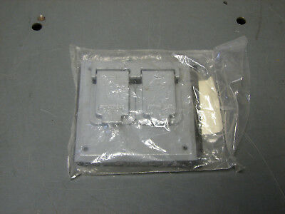 Crouse-Hinds Two Gang Weatherproof Outlet Switch Cover Model TP7220 COOPER