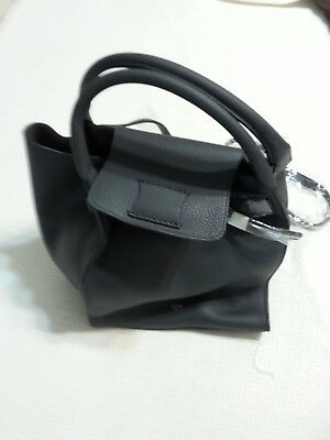 New Celine Medium Shoulder leather bag with tags and dust bag 06f7e5f6694d5