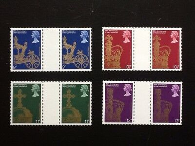 GB, 25th Anniversary Of Coronation 1978 Mnh, Set Of 4 Gutter Pairs.