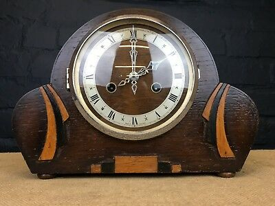 VINTAGE ART DECO 1930s CWS LTD ENGLISH WOODEN MANTLE CLOCK WITH KEY