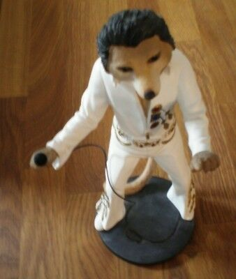 Country Artists CA04240 Magnificent Meerkats Elvis Meerkat Figurine figurine