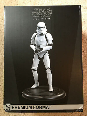 Sideshow Collectibles Star Wars Stormtrooper Premium Format Figure 1:4 Scale