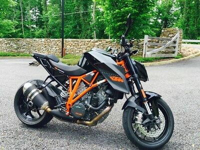 2015 KTM Other  Low Mileage 2015 KTM Super Duke 1290R
