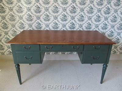 Ethan Allen Green Pedestal Desk Country Crossings Cinnamon Maple Cosmetic Wear