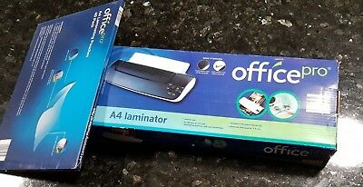 A4 LAMINATOR and PACK OF LAMINATING POUCHES - PICKUP WHITTLESEA 3757
