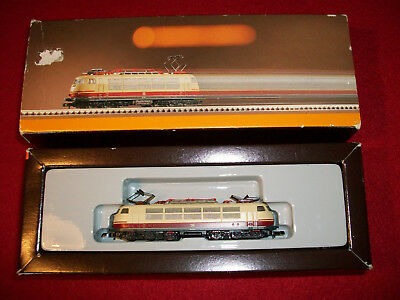 Marklin 8854 DCC FITTED DB CLASS ELECTRIC LOCO Z GAUGE