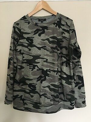 New Look maternity camouflage print lightweight jumper, size 10