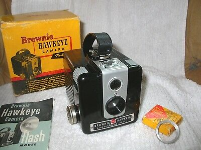 KODAK BROWNIE HAWKEYE - Flash Model;  #13 Close-up Lens; Manual; Box;  MINT.