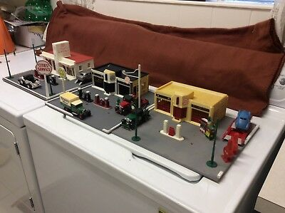 Cites Service Gas and Oil Stations, 3 with all the extras!  1950s Style