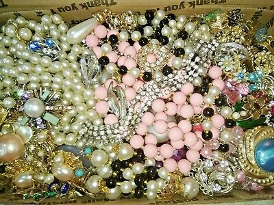 "HUGE VINTAGE TO NOW Estate Find ""JUNK DRAWER"" JEWELRY LOT Unsearched Untested"