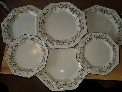 Eternal Beau FOUR DINNER PLATES, 2 SIDE PLATES Johnson Brothers
