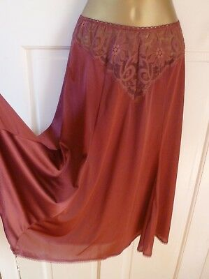 Vintage Beautiful Claret Silky Nylon Half Slip Full Skirt Size 10-12