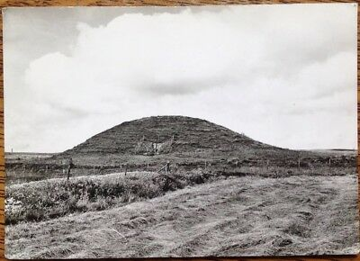 Maeshowe Orkney Mainland Neolithic Chambered Cairn Vintage Postcard Loch Harray