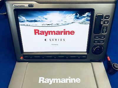Raymarine e120w HybridTouch GPS Chartplotter Display W/ Cover & Power Cable