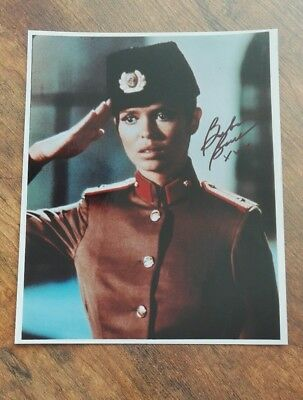 Barbara Bach signed Autogramm in Person 20x25cm COA James Bond 007