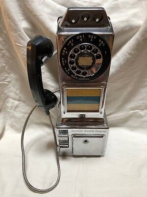 Vintage Automatic Electric Co. 3 Coin Rotary Dial Wall Pay Phone, Great Dial !!