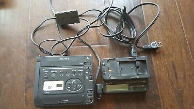 SONY GV D300 MINI DV RECORDER / PLAYER with power supply & battery charger
