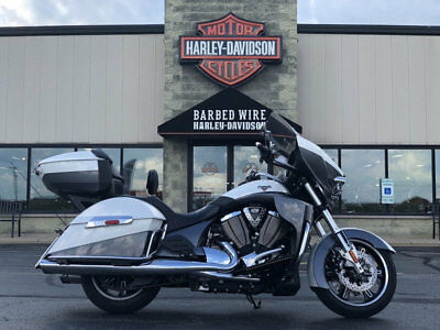 2015 Victory CROSS COUNTRY TOUR V15TW36NW CROSS COUNTRY TOUR 2015 VICTORY MOTORCYCLES CROSS COUNTRY TOUR V15TW36NW LUGGAGE GUARDS TOUR PAK