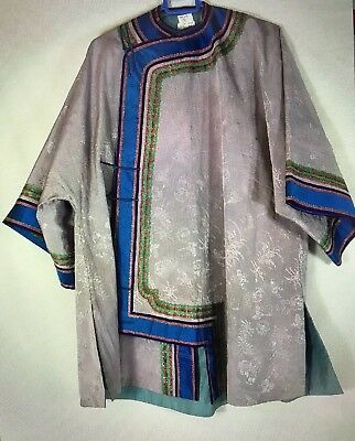 Qing dynasty CHINESE GREY AND COBALT BLUE HAND EMBROIDERED SILK ROBE