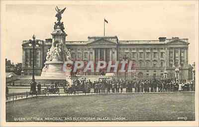 CPA Queen Victoria Memorial and Buckingham Palace London