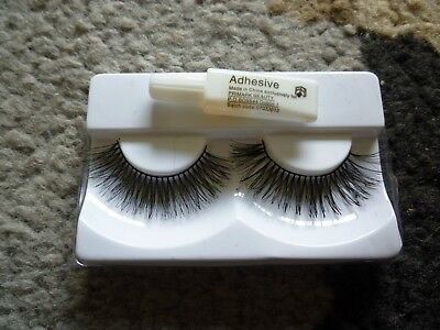 false fake eyelashes with adhesive