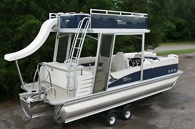 New-2585 Funship cruise pontoon boat   Very high end.