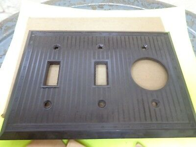 Vtg 3 gang 2 Switch Single Outlet Cover Wall Plate Brown Bakelite Ribbed screws