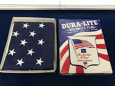72s- New in box- Vintage  US FLAG,  5' x 3', DURA-LITE, DETRA FLAG