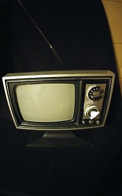 "Vintage ADMIRAL Black and White Television. 9"" Screen."
