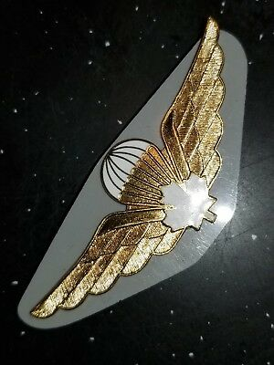 WWII Canadian Canada Jump Wings Makers Marked Scully on Matching Plate