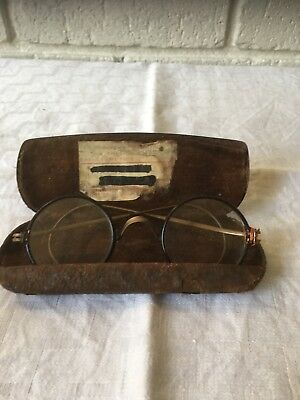Vintage Spectacles in rusted case