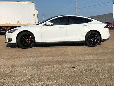 2015 Tesla Model S P85D Performance Tesla P85D Performance with Ludicrous upgrade..0-60 in 2.8 sec. 155 mph