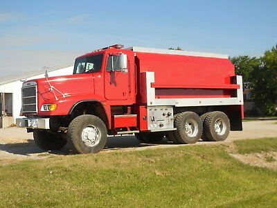 Truck Water Tanker 6X6 3500 Gallons Lo Miles
