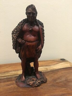 Indian Chief....antique carved wooden figure Of TE RANGATIRA (the Chief)