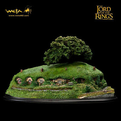 WETA Lord Of The Rings Bag End Statue Figure Diorama Statue NEW SEALED DBLbox