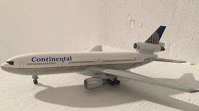 1/400 dragon wings continental DC 10-30