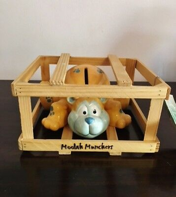 Moolah Munchers Bear Paw Prints Ceramic Coin Bank In Wooden Crate ~ Nwt