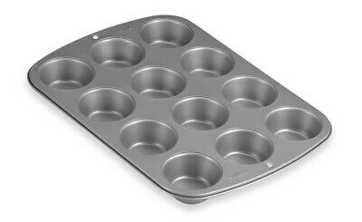 NEW Wilton Recipe Right 12 Cup Mini Muffin Pan