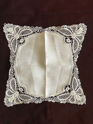 "French antique BRIDAL Linon HANDKERCHIEF with BOBBIN LACE EDGING 8"" square"