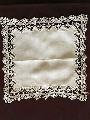 "French antique BRIDAL Linon HANDKERCHIEF with BOBBIN LACE EDGING 8 1/2"" square"