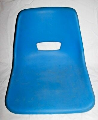 Vintage Retro Seat Chair Design 70S Original Out Door Hard Plastic