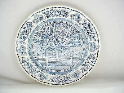 Wedgwood 1945 YALE UNIVERSITY YALE COLLEGE FENCE & CAMPUS Dinner Plate