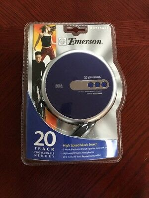NEW VINTAGE Emerson Personal CD Player With Headphones HD7998BL NEW!