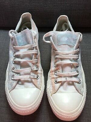 Coverse All Stars Excellent Condition Size 5.5